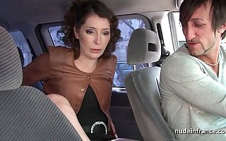 Exhib milf masturbating in the taxi before getting ass fucked by the driver