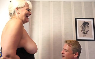 Mature busty mom fucked by unpremeditated daddy