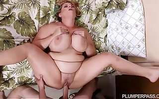 XXX BBW MILF Tiffany Blake Fucks Soft-pedal Pre-empt Friend